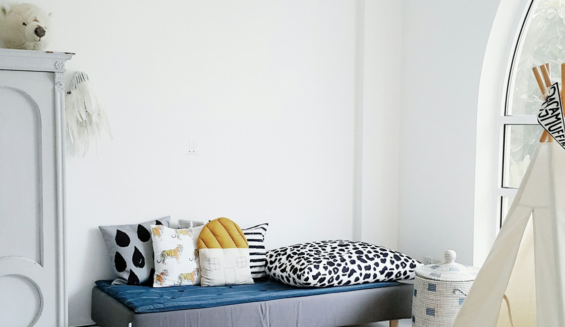 Live Loud Girl, Linda, My Favourite Room, The Home Scene, The Home Scene blog